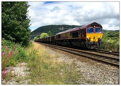 66076 6E13 Morganstown (Buzz688) Tags: 66076 6e13 1054 tower colliery ketton ward sidings with 26 loaded mea southound through taffs well nr cardiff 6v13 belmont down yard running coal services our network 233 miles august 2016