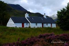 Black Rock Cottage (mpw1421) Tags: nikon d60 unlimitedphotos scotland scottishhighlands isleofskye summer glencoe blackrockcottage a85 landscapes landscape heather 522016edition 522016 wk3452