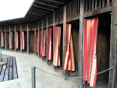 Badi (Mfd25025) Tags: changingroom swimingpool curtains