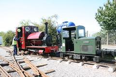 IMG_4925 (Hampton & Kempton Waterworks Railway.) Tags: darent alister arrives loop