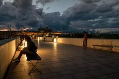 Cae la noche en Crdoba (Miguel.Herrera) Tags: crdoba puenteromanocrdobajuderia andalucia nocturna noche nubes