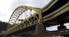 P9240038 (klerevue) Tags: pittsburgh duckytour bridges