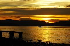 黄昏日暮下   At the end of the day.... (C. Alice) Tags: water clouds summer sea seashore 2016 hongkong ilce6000 sony a6000 sonya6000 sonysel1670zcarlzeissvariotessart tessar zeiss carlzeiss beach sunset orange 500v20f aatvl01 1000views 1000v40f favorites100 aatvl02 3000views 3000v120f aatvl03