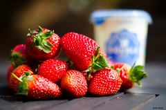 Strawberries and Cream (BGDL) Tags: fruit garden cream strawberries gardentable niftyfifty nikond7000 ourdailychallenge elementsorganizer
