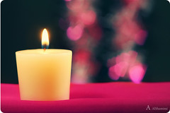 (Alawiyah Alshamimi) Tags: love hope candle