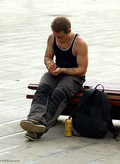 Gordon (Rick & Bart) Tags: people man hot sexy male guy beer beauty candid streetphotography bruxelles stranger gordon brussel mensen everydaypeople placeflagey flageyplein thebestofday gnneniyisi