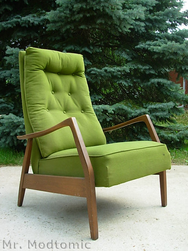 Aaaaand Here It Is! Yup It Was The Green Milo Baughman Recliner. Status One In - One Out. : baughman recliner - islam-shia.org