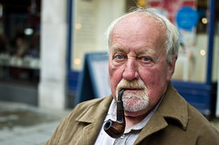VIc Andrews (35/100) (drmaccon) Tags: street nottingham portrait man nikon masculine blueeyes manly pipe stranger smoking portraiture vic smoker pipesmoker virile 100strangers d5100 35mmf18g