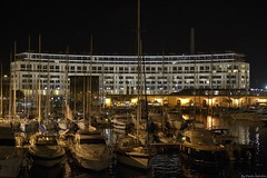 Complesso del Crescent (Paolo Salvano) Tags: noche italia mare harbour liguria crescent porto mm nikkor umbrellas 35 ombrelloni nuit notte parapluie notturno motoscafi turistico savona