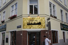 IMG_0598 (batur|media) Tags: sign ooh werbung batur sequin spangles tabela pul beschilderung paillette scalux innovativemedien