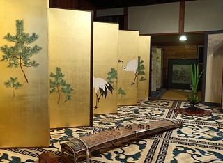 Screen and Koto- Yoiyoi-Yama