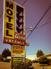 Vintage Motel Sign (TomCollins) Tags: signs motel vintagemotelsigns olympus12mm
