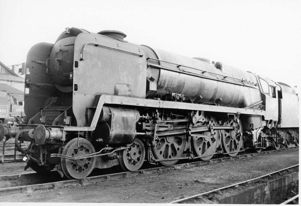 BRITISH RAIL 34029 (JOHN MORGANs OLD PHOTOS.) Tags: vintage nine rail  british