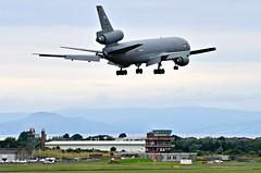 U.S.A.F KC-10A Extender landing at Prestwick (Allan Durward) Tags: pik egpk prestwick glasgow scotland prestwickairport glasgowprestwick kc10a extender usaf dc10 douglas mcdonnelldouglas mcdonnelldouglaskc10a tanker airtoair 840186 840186kc10a 3holer trijet