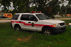 Bellerose Terrace Fire Department Chief (Triborough) Tags: ny newyork nassaucounty toh townofhempstead belleroseterrace btfd belleroseterracefiredepartment firetruck fireengine chief chieffscar ford expedition