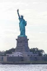 New York City (NYC), Empire State, USA (alexpressed) Tags: newyork nyc empirestate usa america alenatiq august2016 2016 summer sun statueofliberty empirestatebuilding topoftherock rockefellercenter newyorkskyline 911memorial urban timessquare broadway 5thavenue brooklynbridge suspensionbridge statenislandferry manhattan lowermanhattan firstavenue soho
