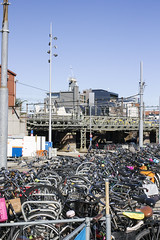 Bicycles near Central Station (Wookiee!) Tags: amsterdam 020 nederland the netherlands holland dutch city centre capital hoofdstad nl color colours summer sunny hot warm beautiful raw canon dlsr d550 ef 35mm f2 is usm architecture life street urban wwwgevoeligeplatennl
