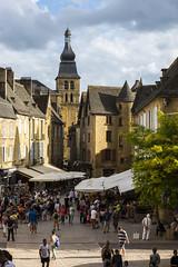 _DSC7547 (Robby68) Tags: vert france dordogne sarlat ville soir pierre tourisme