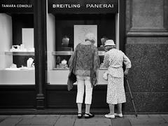 diamonds are forever (Erwin Vindl) Tags: diamondsareforever streetphotography streettogs candid blackandwhite bw monochrome vienna erwinvindl olympusomd em10markii