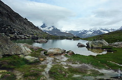 das Unwetter (welenna) Tags: alpen alps switzerland schwitzerland see sky view landscape lake light relief riffelsee mountains mist mountain matterhorn morgen
