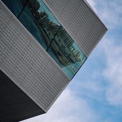 Reflexion (Poul_Werner) Tags: 500pxgpw16 photowalkthisway aarhus dokk1 danmark denmark centraldenmarkregion dk