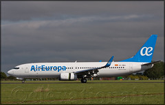 EC-MKL Boeing 737-85P(W) Air Europa (elevationair ) Tags: dublinairport dub eidw airliners boeing 737 738 boeing73785pw aireuropa airline avgeek aviation runway arrival landing landed rollout thrustreversers sun sunny aircraft plane airplane ecmkl