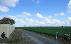 DSC00267-001 (norman preis) Tags: dmeurig normanpreis ffrainc france 2012 pasg easter pâques ebrill april avril normandi normandy normandie beicio cycling touring dafydd meurig