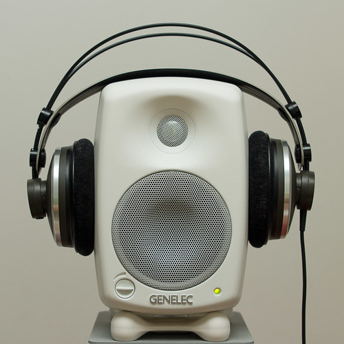The perfect headphone holder