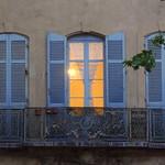 Balcon marseillais - Balcony in Marseilles thumbnail