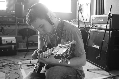 TST - Paul - Guitars