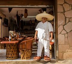 El guarache de don Cruz (Emir Blav) Tags: blancoynegro mxico rural jalisco sombrero pueblos mazamitla pueblomgico guarache