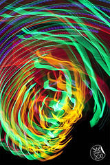 """Espina dorsal trata de morderse la cola antes de que termine el partido de fútbol"" (""Dorsal spine trying to bite it's own tail before the end of the football match"") [179/366] (Domonte Design) Tags: longexposure blue red abstract black verde green rot luz colors azul painting cores rouge licht rojo noir blu couleurs negro vert colores peinture bleu slowshutter vermell blau abstracto astratto rosso azzurro alp colori nero schwarz pintura farben resume abstrakt verd llum berde viridis largaexposicion abstracte vermello grun obturacionlenta berdeak malarei domonte abstractlightpaintings 366project2012 domonte366project2012"