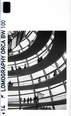Reichstag Dome (pho-Tony) Tags: 110 rolleia110 berlin rollei a110 pocket instamatic tessar f28 128 25mm automatic electronic miniature subminiature german germany spy lomography orca lomographyorca killer whale bw black white blackandwhite monochrome rodinal lomographyorcabw100 100 edge markings edgemarkings gottfriedbhm architect norman foster cupola glass walking spiral walkway waagnerbiro normanfoster spiraling ramp helix doublehelix bundestag merkel angela parliament mirrored cone