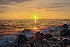 ~~ (Simon YEH ) Tags: sunset red summer sky cloud sun seascape beach nature water canon landscape interestingness     hdr  1635mm    550d earthasia mygearandme ringexcellence blinkagain blinkagin flickrstruereflection1