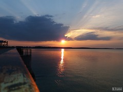 Sun goes down (Cristi Balaban) Tags: siret cosmesti river sky reflections landscape sunset waterscape samsung barrage