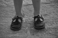 Lucien (Ruzra) Tags: enfant chaussure boy shoes children people