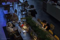 Leestafel (Pieter Musterd) Tags: boekhandel waanders zwolle restaurant waandersindebroeren kerk church bookshop denhaag pietermusterd musterd canon pmusterdziggonl nederland holland nl canon5dmarkii canon5d