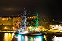 Amérigo Vespucci de nuit (Jakezjr) Tags: france bretagne finistere brest chateau amerigovespucci penfeld arsenal mer voilier