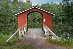 The Incomplete........shed? (pentlandpirate) Tags: shed hut jetty lovenest finland suomi wooden bridge ruotsinpyhtaa