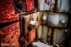 Crusty (Victor van Dijk (Thanks for 3.8M views!)) Tags: crusty metal rust rusty flaking paint woord rotten crumbled decay urban fav fave faved favorite