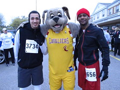 Beech Brook (43) (Moondog Mascot) Tags: 100k moondog cavaliers beechbrook 04222012 fleetfeetsports5k