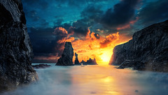 Last light II ( David.Keochkerian ) Tags: thepowerofnow belleileenmerbretagnesunsetseascape seamistfoglightcolor