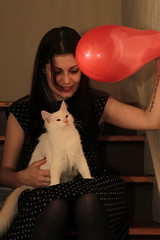 me and baby arya (deadoll) Tags: red woman me girl cat canon myself fur kitten kat chat dress flash melissa vermelho gato 7d gata neko kit katze gatto gatti pur clas cla clari toelho sooc deadoll clarissarossarola canon7d catnipaddicts clarossarola cladeadoll deadoll13 cutelittledead