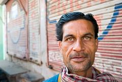 Bundi, Man with blue-grey eyes, 1 (madamasu) Tags: portrait india man eyes rajasthan bundi bluegrey leicax1