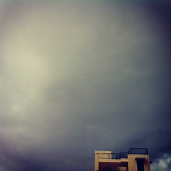 rainy (ranjini.v) Tags: house rain yellow clouds iphone ilike ranjini instagram