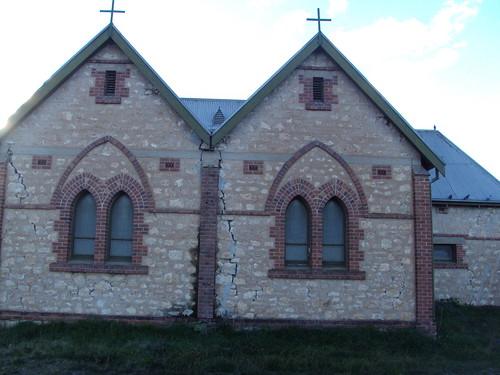 pinnaroo church pinnarooanglican anglicanchurch anglican gables cracks