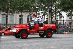Brigade des Sapeurs-Pompiers de Paris, Bastille Day 2012, Paris (IFM Photographic) Tags: paris france canon is kitlens 1855mm troops 8th bastilleday 8e 8me champslyses frencharmy 75008 militaryparade avenuedeschampslyses f3556 armedeterre laftenationale 450d bspp efs1855mmf3556is img0882a acmat brigadedessapeurspompiersdeparis lequatorzejuillet parisfirebrigade 8tharrondisment arondisment thefourteenthofjuly ateliersdeconstructionmcaniquedelatlantique almacmat
