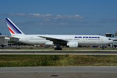 F-GSPI (Steelhead 2010) Tags: boeing airfrance yyz freg b777 fgspi b777200er