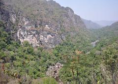 Chapada dos Veadeiros (Stella Pado) Tags: brasil gois alto paraso parque nacional da chapada dos veadores national park cerrado trilha hiking treeking natureza nature paisagem landscape