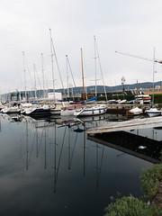 Trieste_004_1240 (Dubliner_900) Tags: olympus omdem5markii micro43 paolochiaromonte mzuikodigitaled1240mm128pro trieste friuliveneziagiulia riflessi reflections barche